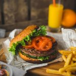 foodiesfeed.com_Gunel-Farhadli-burger